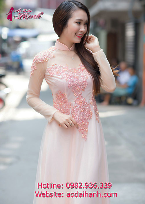 Áo dài cưới hồng pastel đầy thanh lịch và cuốn hút