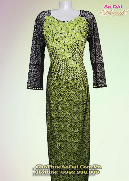 Áo dài đẹp cho phụ nữ trung niên 3