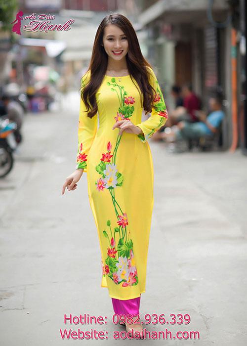 Lựa chọn màu vàng cho áo dài dự tiệc