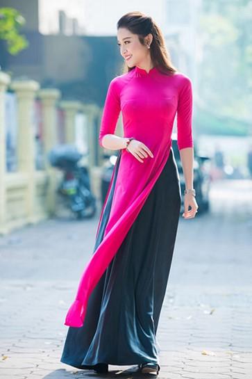 Áo dài hồng cánh sen nhẹ nhàng thanh tao