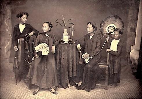 Áo ngũ thân thời vua Gia Long